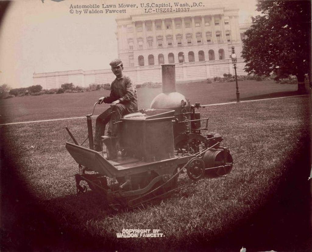 1903_steam_powered_riding_lawn_mower_u_s_capitol_washington_d_c.jpg