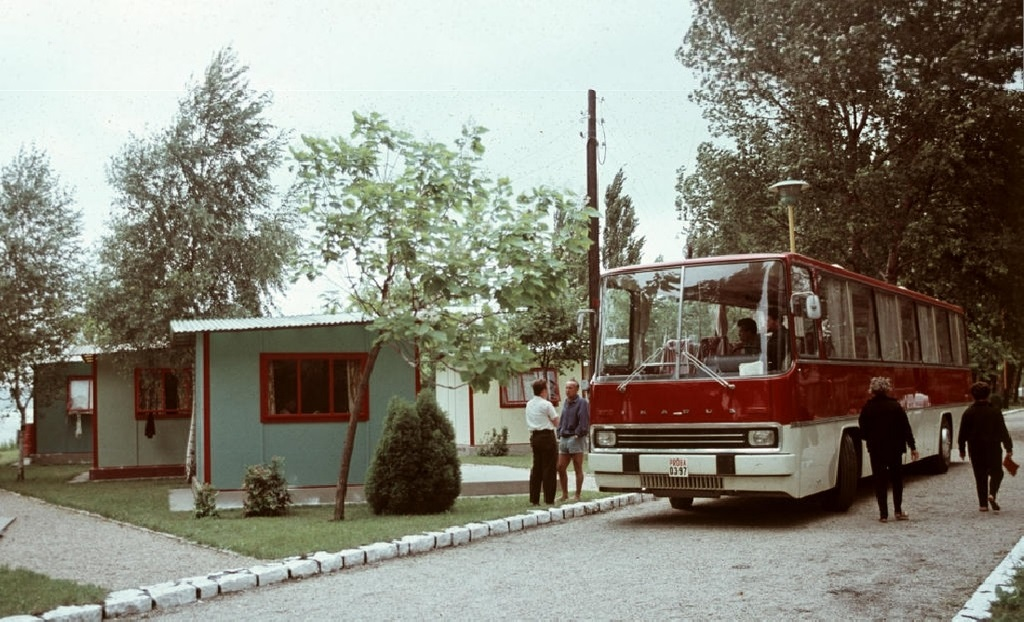 1968_junius_ndk_turistak_balatonboglaron.jpg