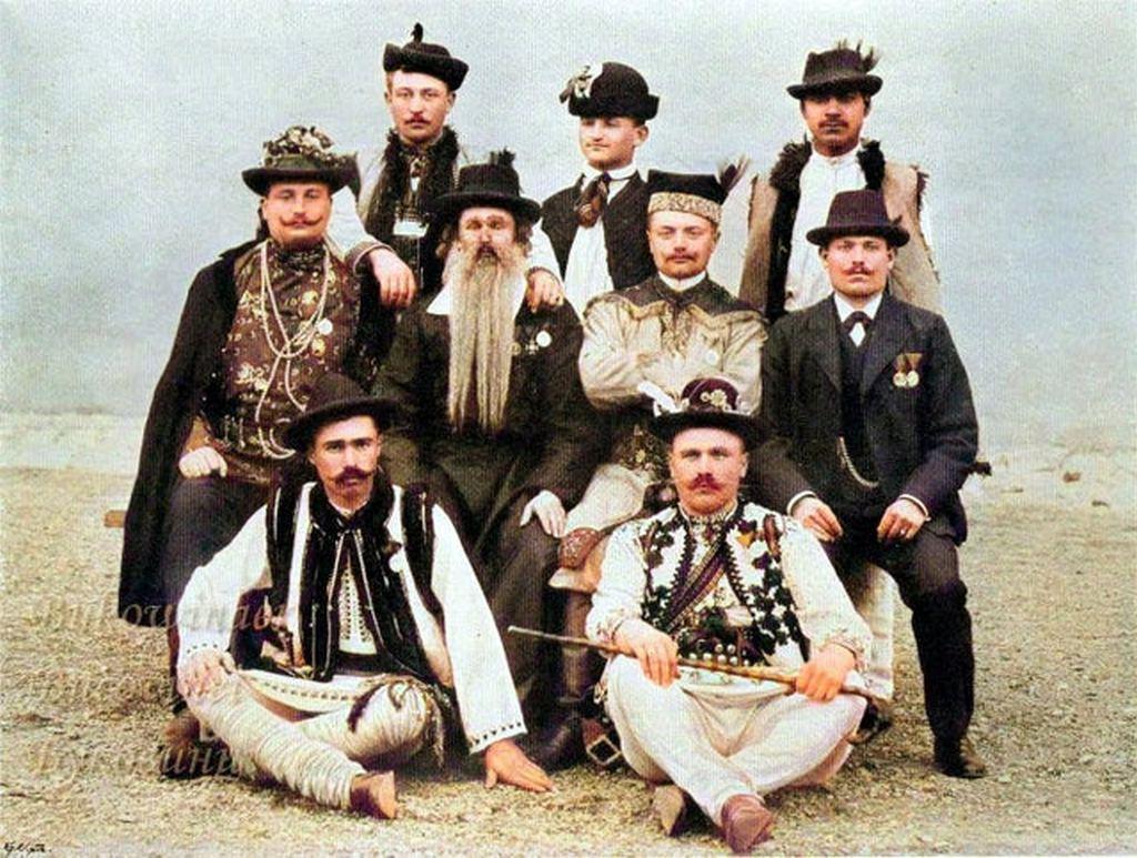 1902_the_nine_different_ethnic_groups_of_bukovina_austria-hungary.jpg