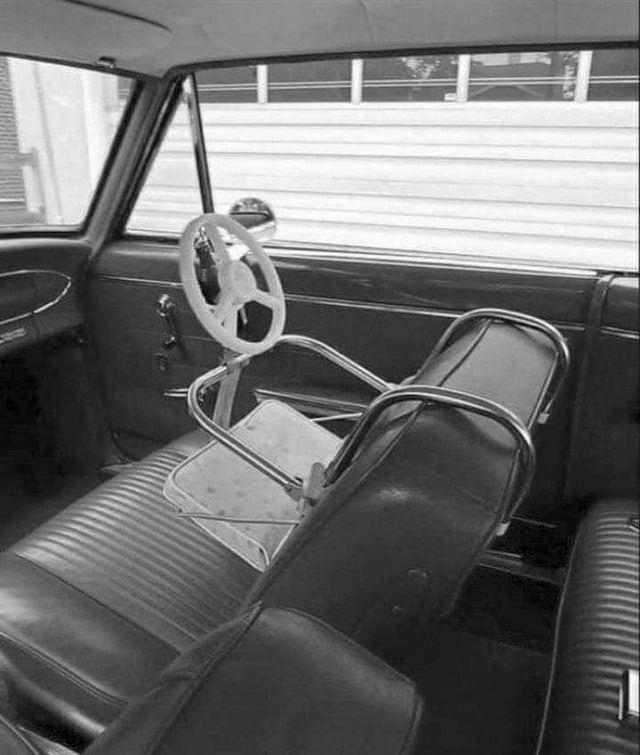 1964_child_carseat.jpg