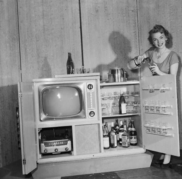 1951_the_admiral_tele-bar.jpg