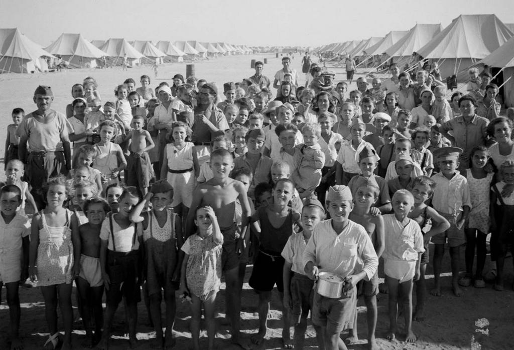 1944_european_refugees_in_egypt_refugees_from_bulgaria_croatia_greece_turkey_and_the_former_yugoslavia_cr.jpg