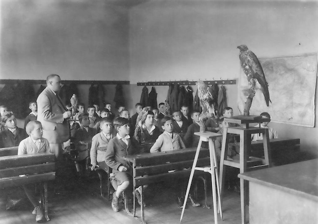 1930-as_evek_termeszetrajz_ora_a_battonyai_polgari_fiuiskolaban_cr.jpg