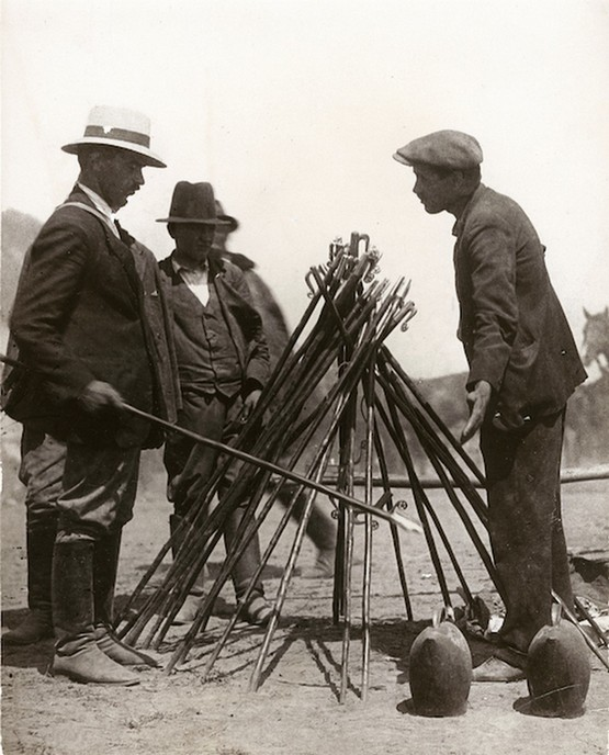 1919_pasztorbot_arus_a_hortobagyi_hidi_vasaron.jpg