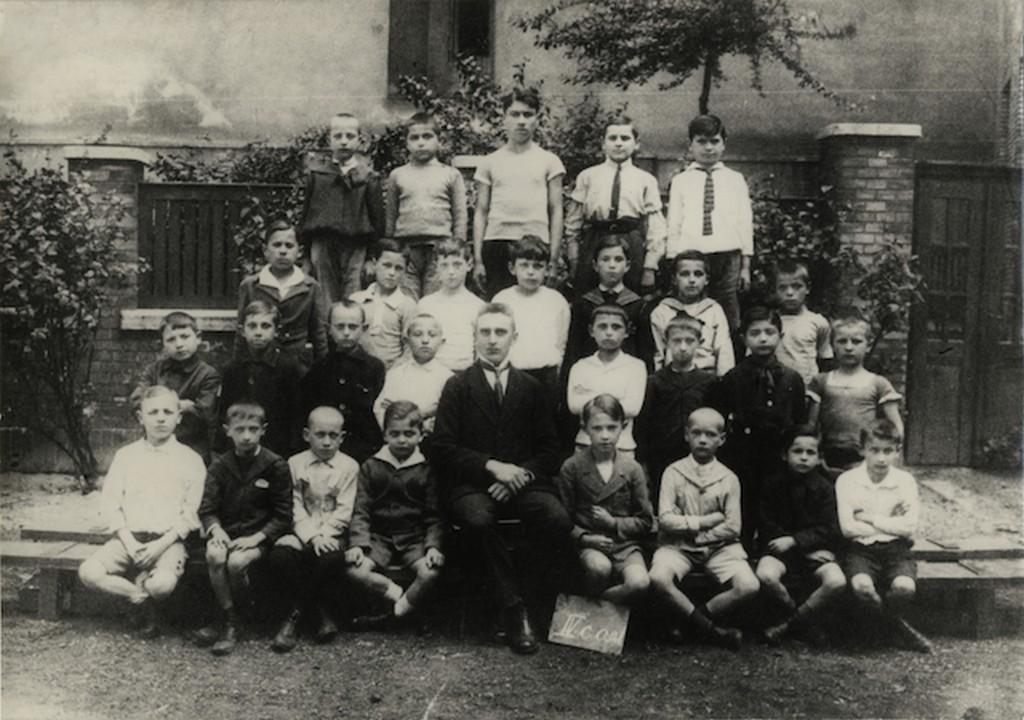 1922_kadar_janos_a_cukor_utcai_altalanos_iskola_4_osztalyaban.jpg