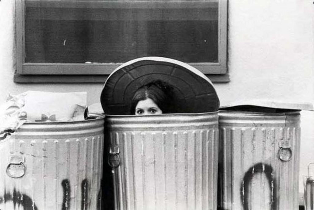 1976_carrie_fisher_during_her_audition_for_r2d2_in_star_wars_she_was_eventually_rejected_for_that_role.jpg