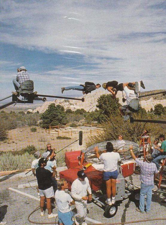 1991_keanu_reeves_and_patrick_swayze_filming_the_skydiving_scene_in_point_break.jpg