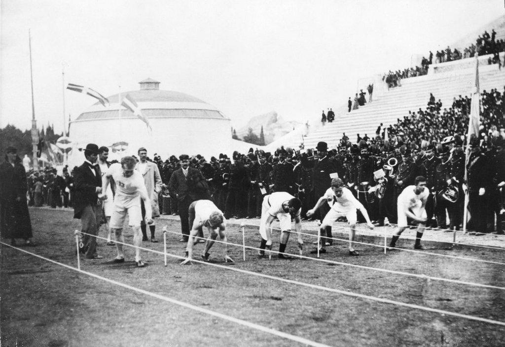 1896_olympiade_athen_100_m-lauf_negyedik_szokolyi_alajos.jpg