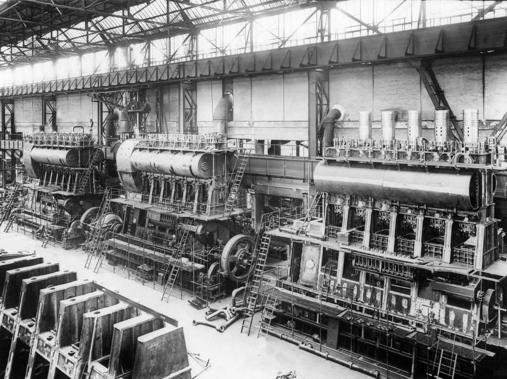 1935_fiat_ansaldo_big_motors_factory_genua_san_pier_d_arena_italy_cr.jpg