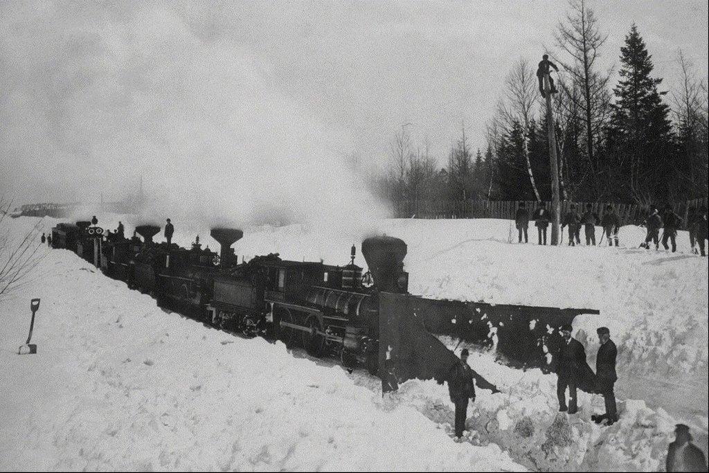 1900-as_evek_vasuti_sinek_hoeltakaritasa_kanada.jpeg
