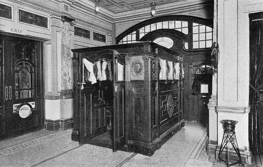 1905_the_royal_travelling_lounge_this_was_essentially_the_london_coliseum_theatre_s_own_internal_railway_it_was_used_for_transporting_vips_between_the_foyer_and_the_royal_box_cr.jpg