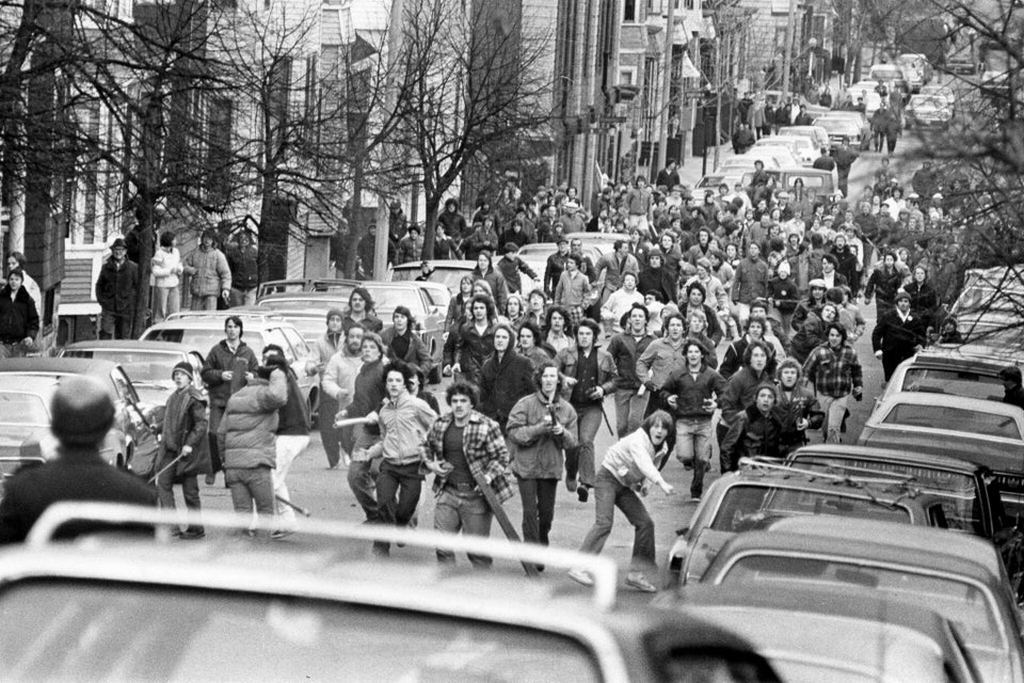 1976_mob_of_pro-segregation_demonstrators_armed_with_clubs_and_rocks_boston.jpg