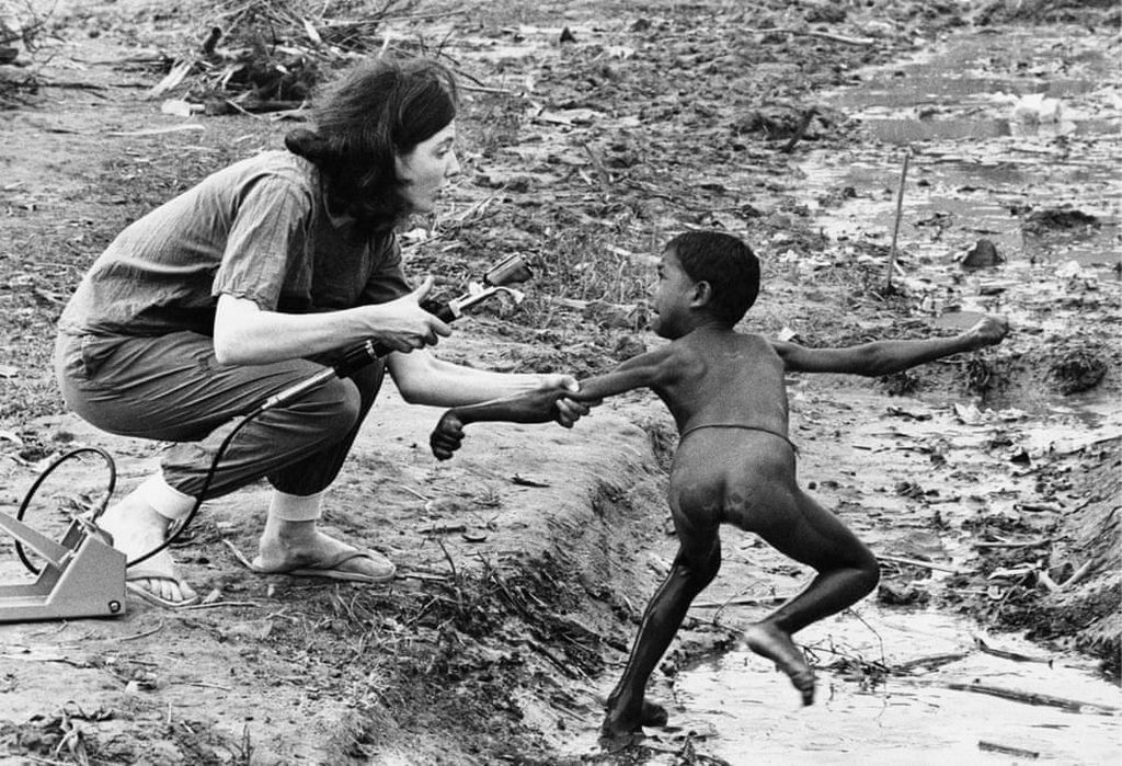 1971_nurse_from_british_charity_attempts_to_vaccinate_a_terrified_boy_against_cholera_during_an_outbreak_of_the_disease_at_a_refugee_camp_outside_kolkata_during_the_bangladesh_liberation_war.jpg