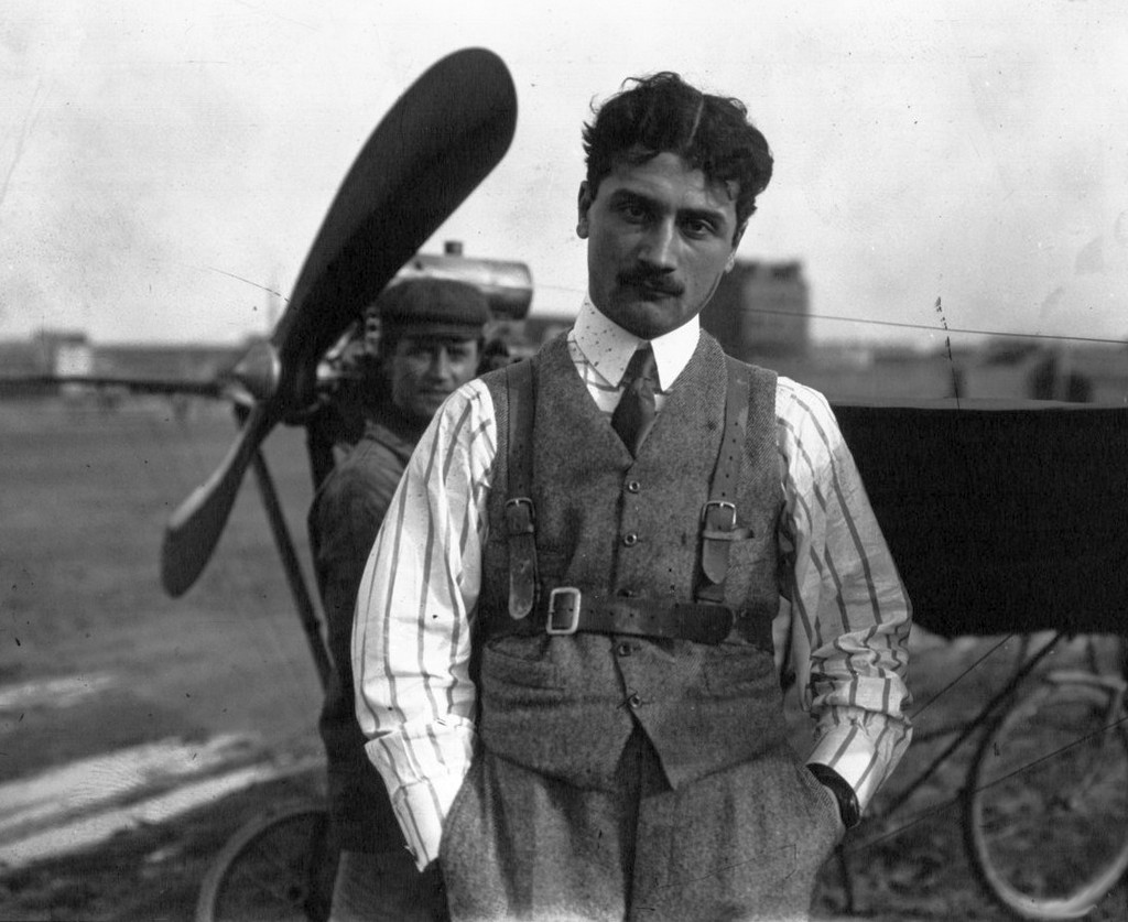 1910_roland_garros_french_pioneering_aviator_inventor_of_of_interrupter_synchronization_gear_french_internationals_of_roland_garros_tennis_tournament_named_after_him.jpg