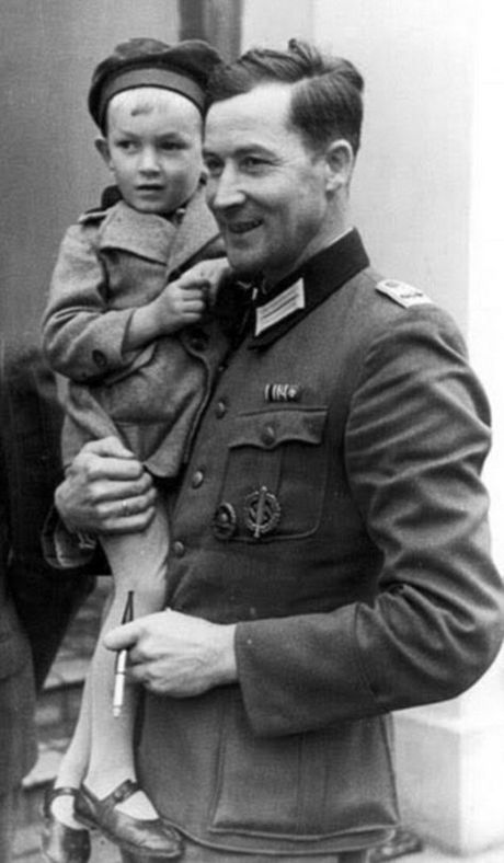 1940_wilm_hosenfeld_a_german_officer_in_wwii_who_was_known_for_helping_to_hide_and_rescue_poles_and_jews_he_helped_to_hide_pianist_and_composer_wladys_aw_szpilman.jpg