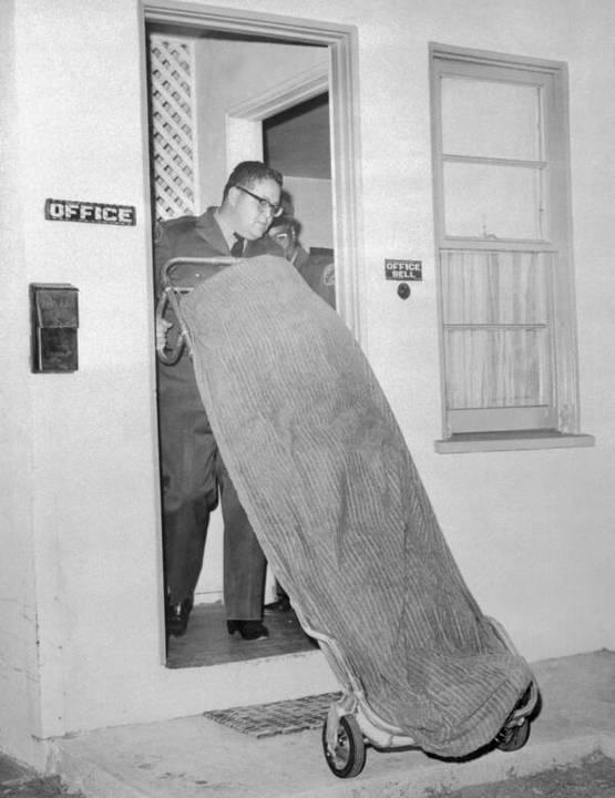 1964_december_11-en_a_los_angeles-i_hacienda_motel_tulajdonosa_onvedelembol_agyonlotte_sam_cooke-ot.jpg