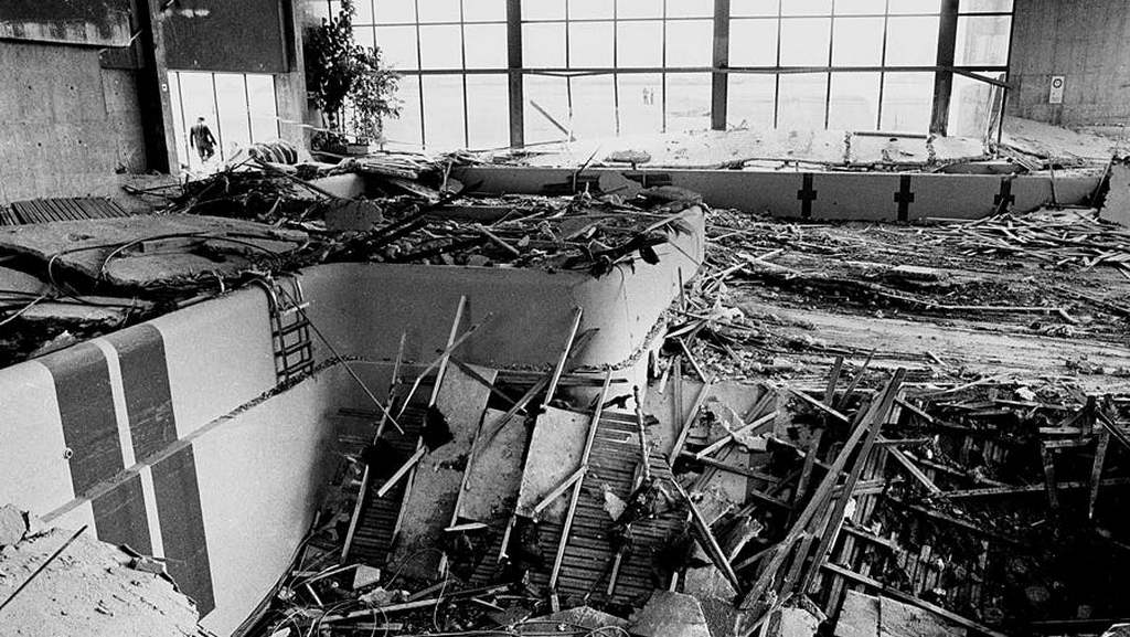 1985_roof_collapses_on_swimming_pool_in_switzerland_killing_12_people.jpg