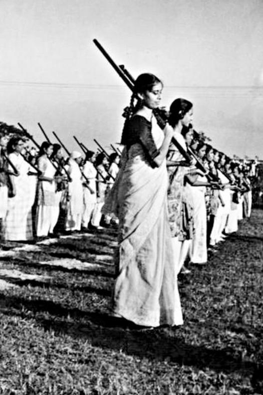1971_women_fighters_receiving_arms_training_bangladesh_liberation_war.jpg