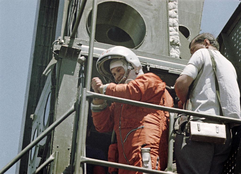 1963_cosmonaut_valentina_tereshkova_on_her_way_to_the_vostok_6_before_lift-off_becoming_the_first_woman_in_space.jpg