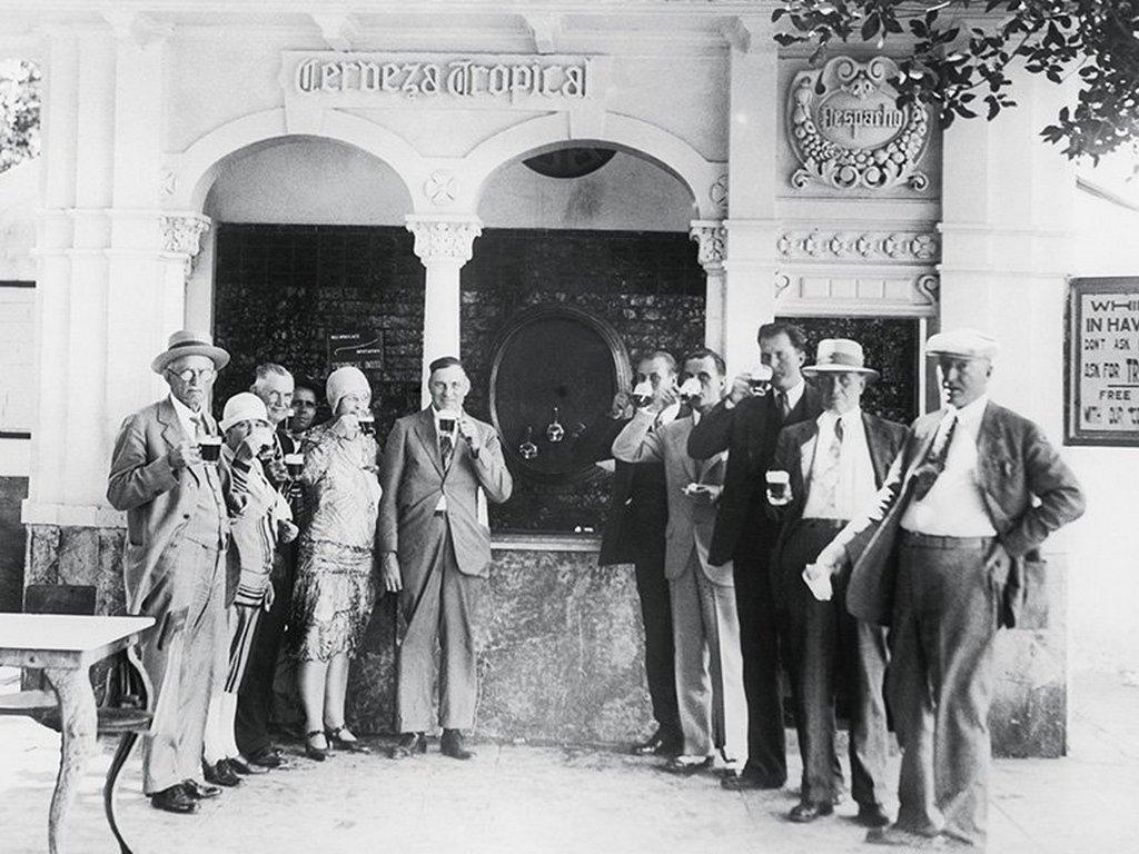 1930_free_beer_in_havana.jpg