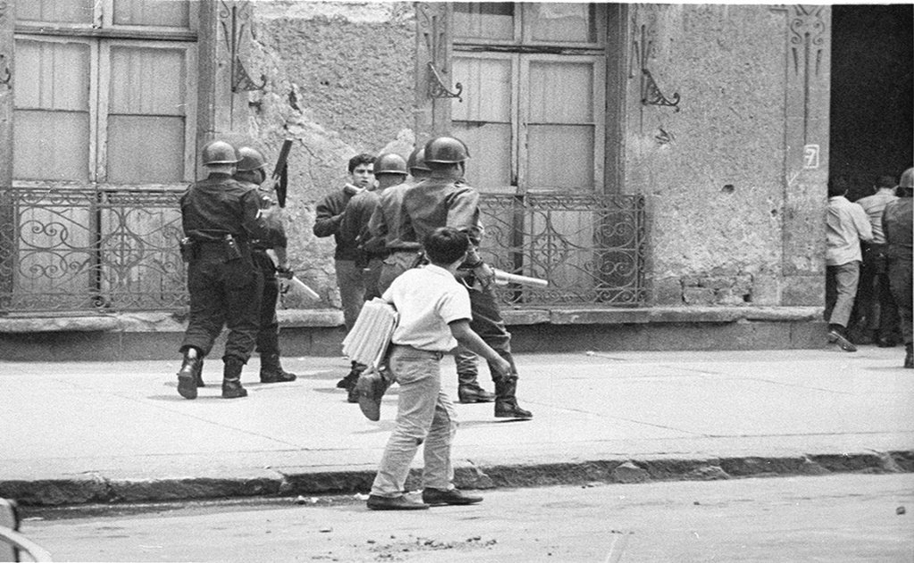 1968_ernesto_zedillo_confronts_soldiers_during_student_clashes_in_la_ciudadela_years_later_zedillo_will_be_the_61st_president_of_mexico.png