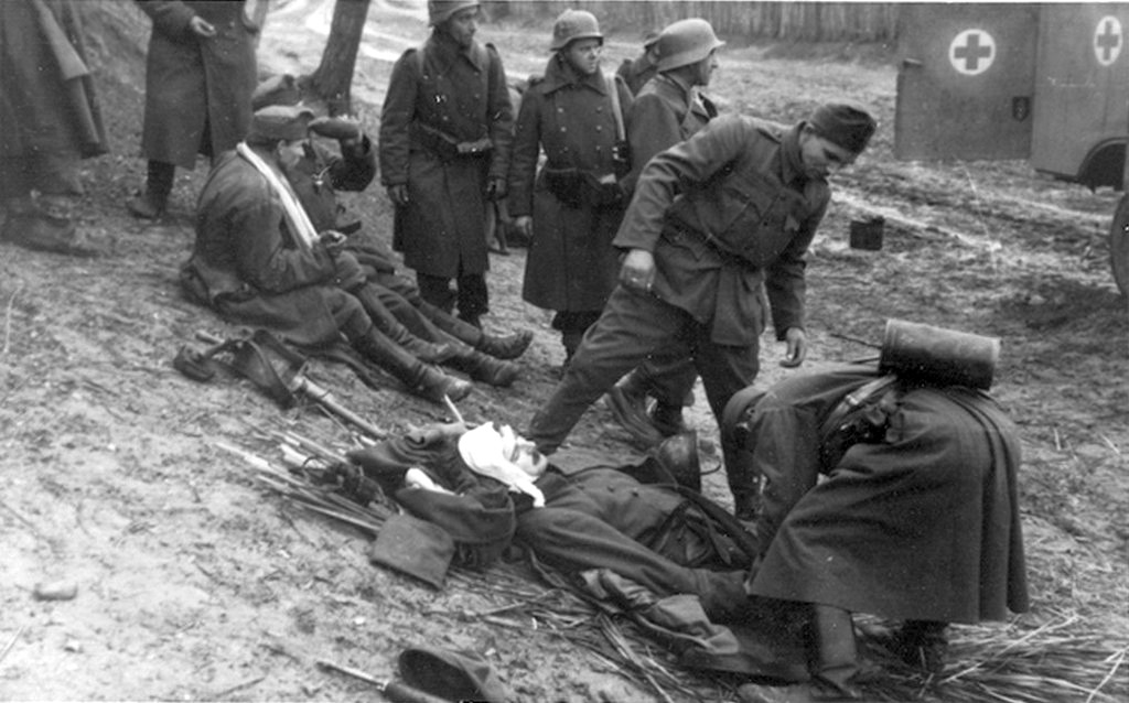 1944_ideiglenes_kotozohely_a_korulzart_csepelen_cr.jpg