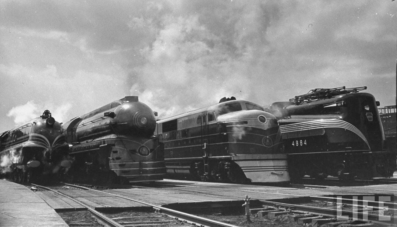 1939. Négy különböző mozdony a B&O Railway szolgálatában. Talán lesz, aki megírja milyen típusok..jpg