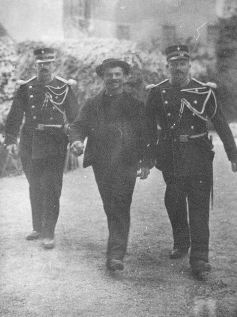 1899. Luigi Lucheni olasz anarchista, Sissi gyilkosa..jpg