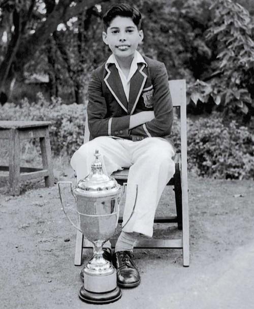 1958. Freddy Mercury.jpg