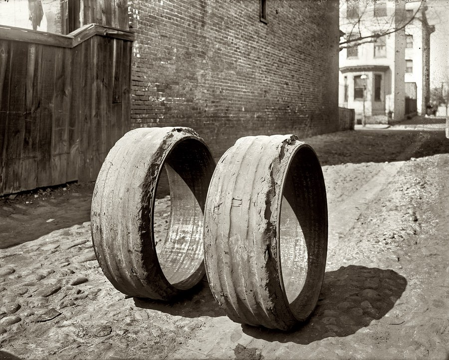 1919. Mindössze 3000 mérföldet használt teherautó, vagy munkagép gumik..jpg