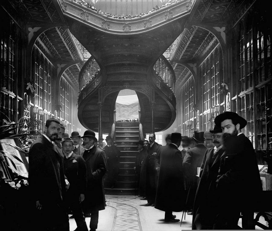 1906. Könyvesbolt. Lello és Irmao, Porto.jpg