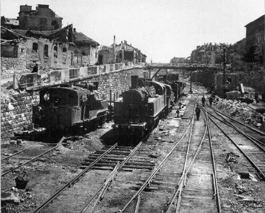 1945. A Déli Pályaudvar bájárati váltókörzete az ostrom után.jpg