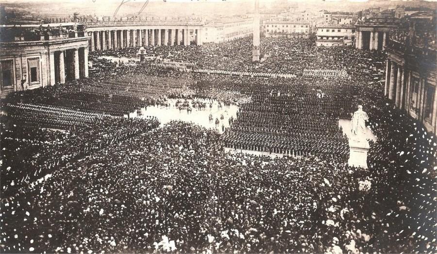 1870. IX. Pius áldja meg az akkor még létező Pápai Állam Viktor Emánuel csapatai ellen hadba vonuló katonáit..jpg