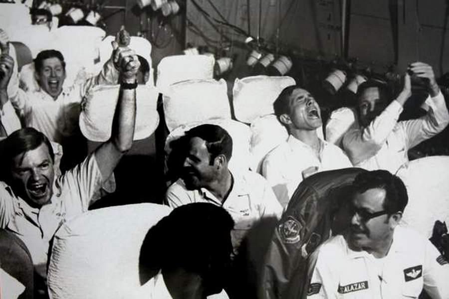 1973_vietnami_amerikai_hadifoglyok_hazaterese_.jpg