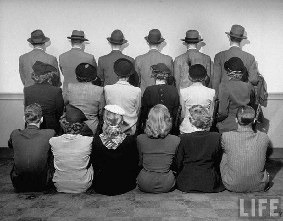 1948_a_new_york-i_macy_s_aruhaz_civilruhas_detektivjei.jpg