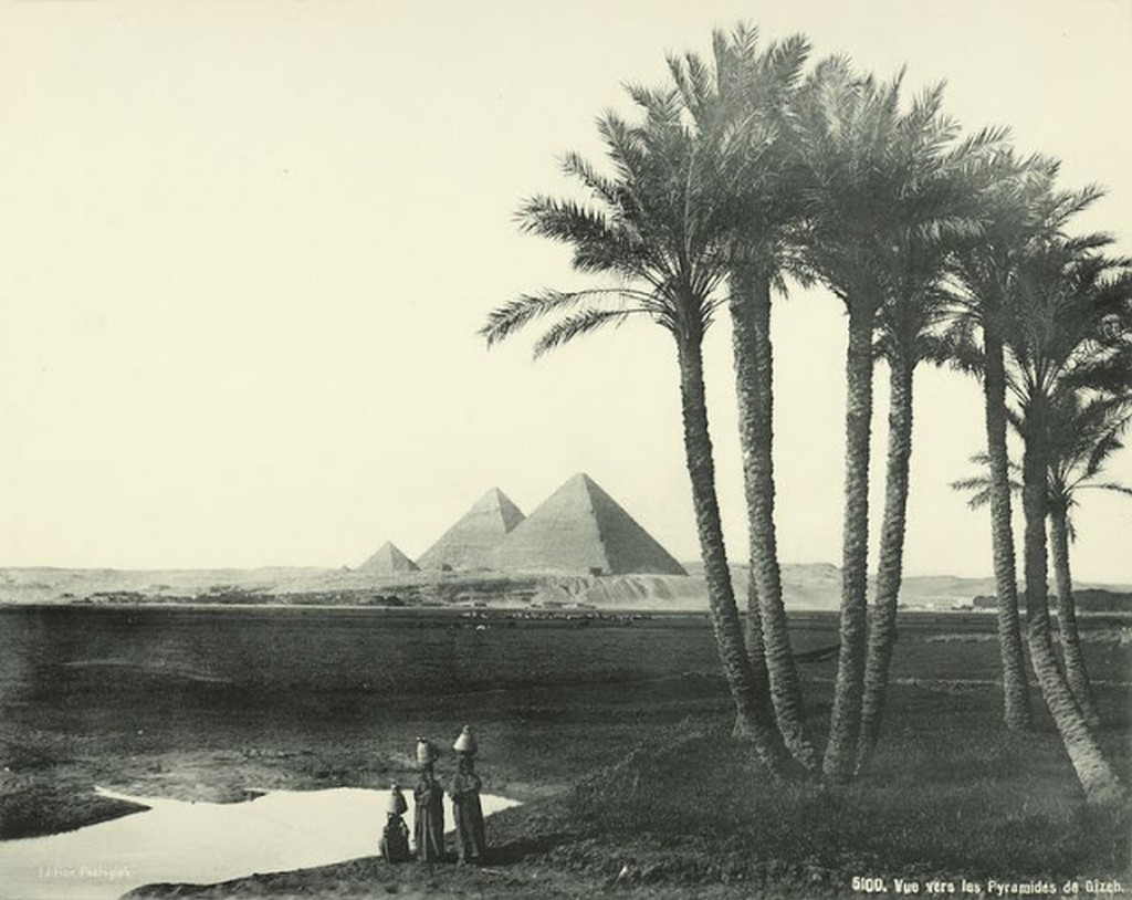 View Towards the Pyramids of Giza.jpg