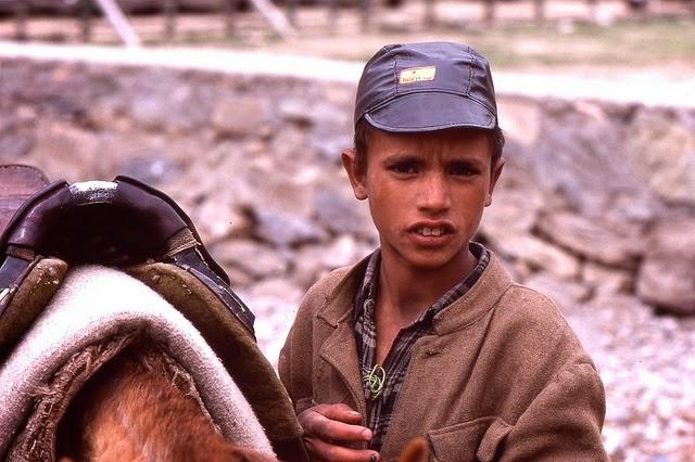 Vale of Kashmir, India, 1982 (30).jpg