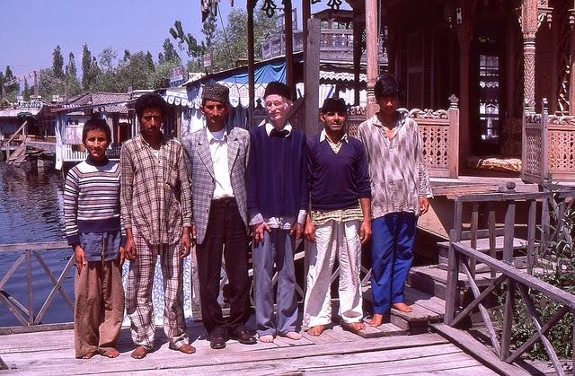 Vale of Kashmir, India, 1982 (31).jpg