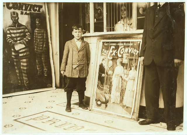 Old Photos of Child Labor between 1908 and 1924 (21).jpg