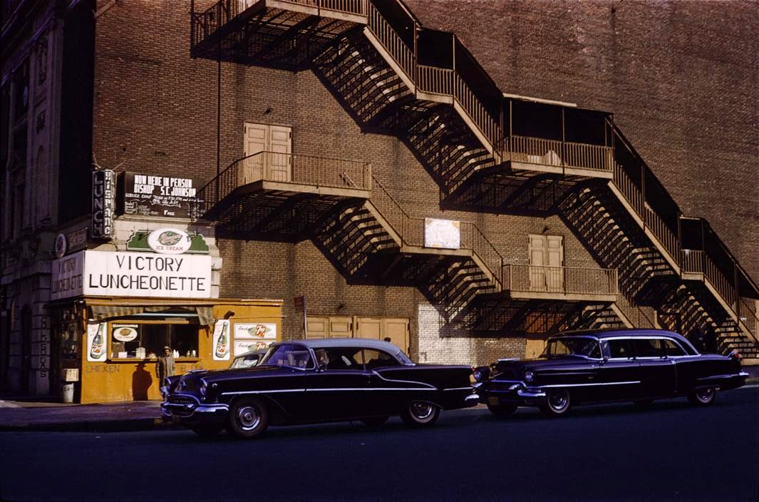 daily_life_in_color_in_the_1950s_12.jpg