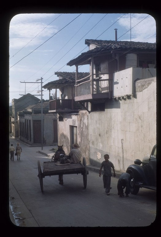 everyday_life_of_cuba_in_the_1950s_2822_29.jpg