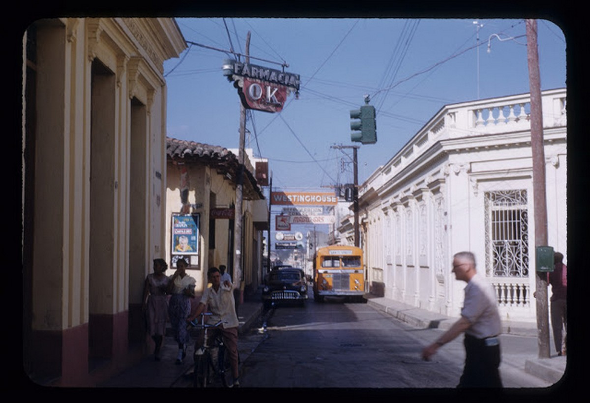 everyday_life_of_cuba_in_the_1950s_2823_29.jpg