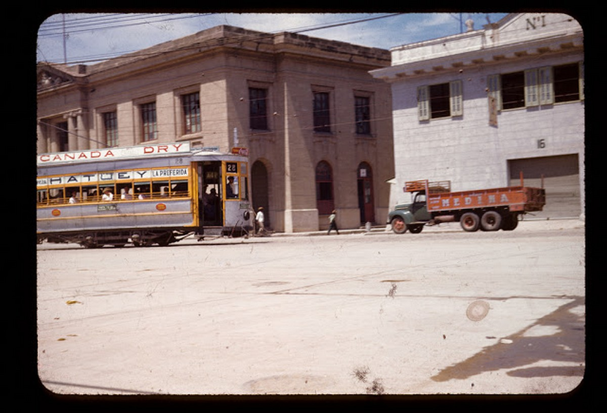 everyday_life_of_cuba_in_the_1950s_2827_29.jpg