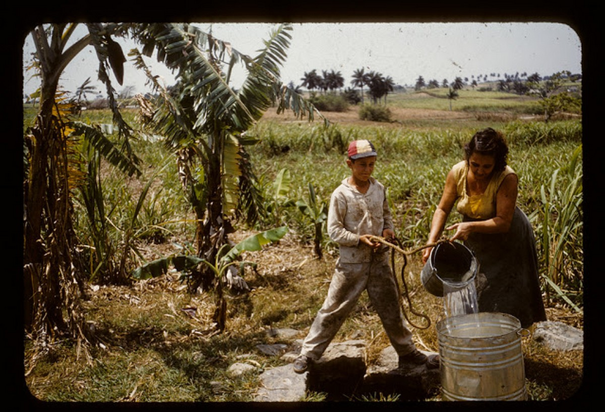 everyday_life_of_cuba_in_the_1950s_2834_29.jpg