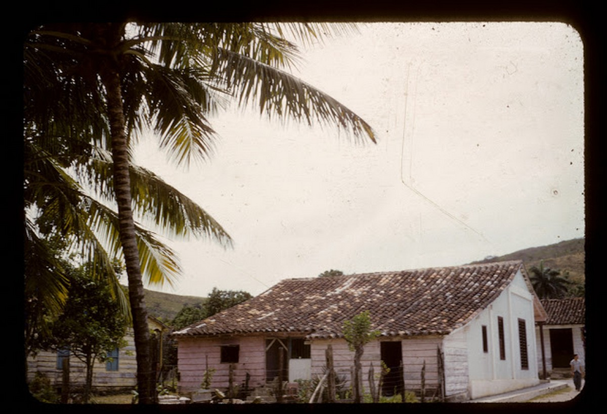 everyday_life_of_cuba_in_the_1950s_2839_29.jpg