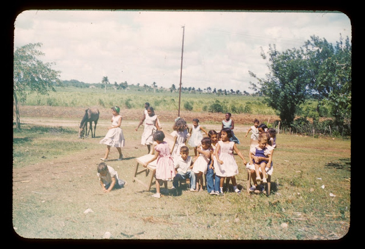everyday_life_of_cuba_in_the_1950s_287_29.jpg