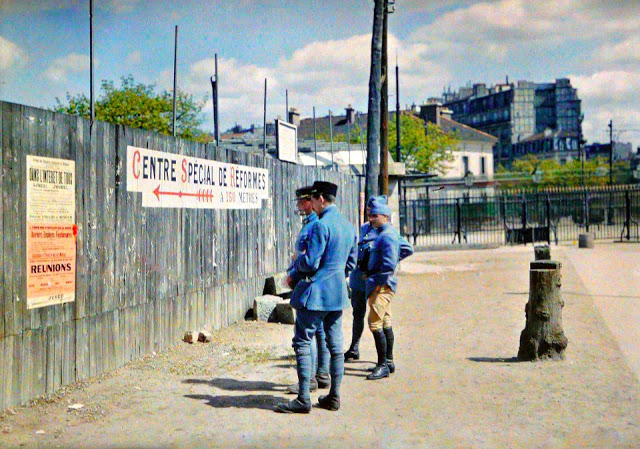 Rare Color Photography of Early 1900s Paris (16).jpg