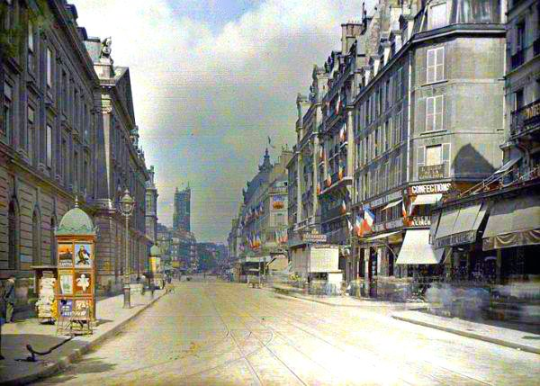 Rare Color Photography of Early 1900s Paris (2).jpg