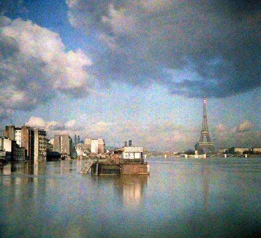 Rare Color Photography of Early 1900s Paris (21).jpg
