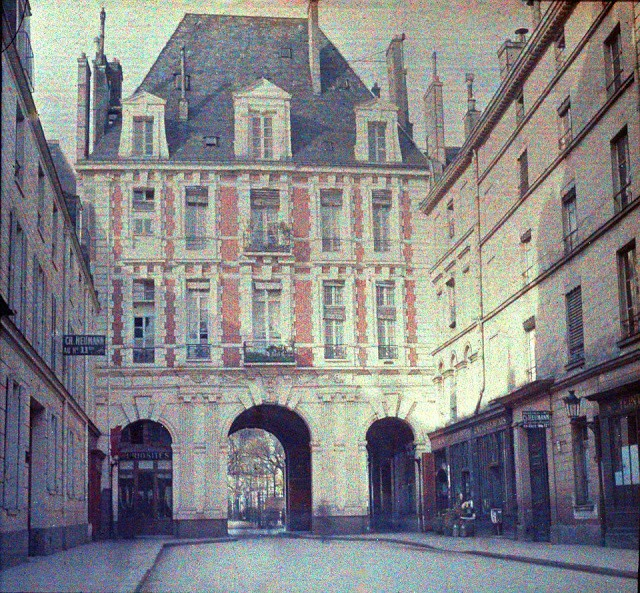 Rare Color Photography of Early 1900s Paris (30).jpg